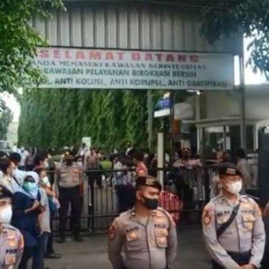 2.300 Personel Gabungan Jaga Sidang Vonis Habib Rizieq di PN Jaktim