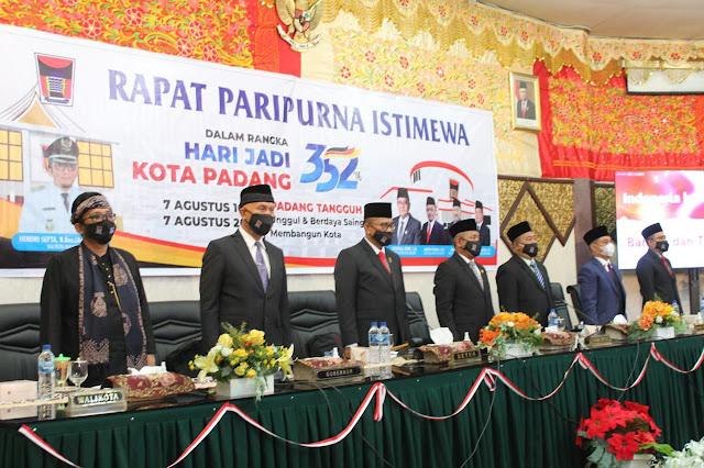 Rapat Paripurna Istimewa DPRD Kota Padang Peringati Hari Jadi Kota Ke-352