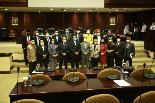 Sidang Paripurna Luar Biasa DPD RI Sahkan Pertimbangan RUU APBN 2022
