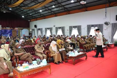 Mahyeldi : Kualitas Sekolah di Kota dan Kabupaten Harus Sama